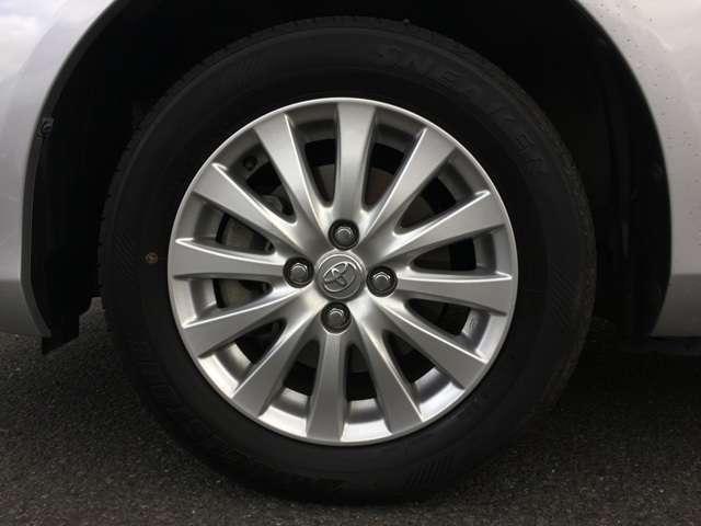 トヨタ カローラフィールダー 1.5X HIDセレクション