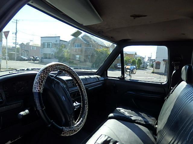 フォード フォード F-350 ベースグレード XL クールキャブ オートマ 左ハンドル