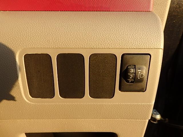 ダイハツ ムーヴコンテ Xスペシャル 4WD CD キーレス ベンチシート