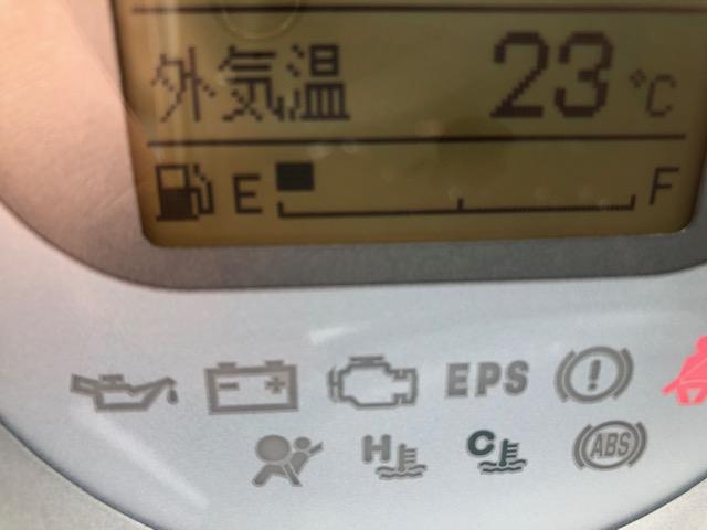 絵と文字でドライビングに必要な情報を表示してくれます☆