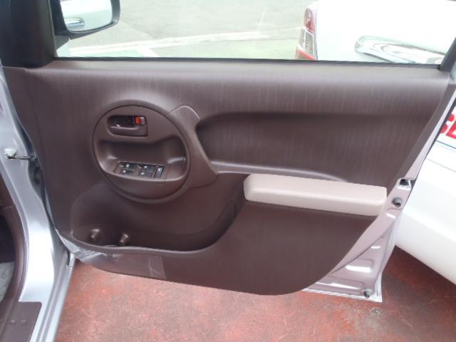 トヨタ パッソ X ブレーキアシスト TRC 2WD