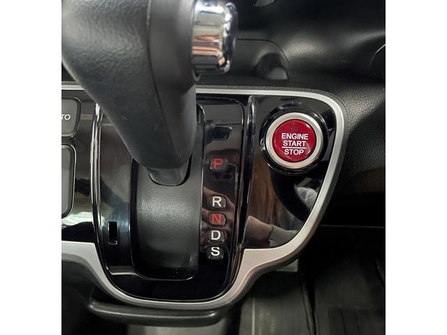 G・ターボLパッケージ 4WD ワンオーナー クルコン ETC バックカメラ シートヒーター ABS VSA スマキー 禁煙(17枚目)