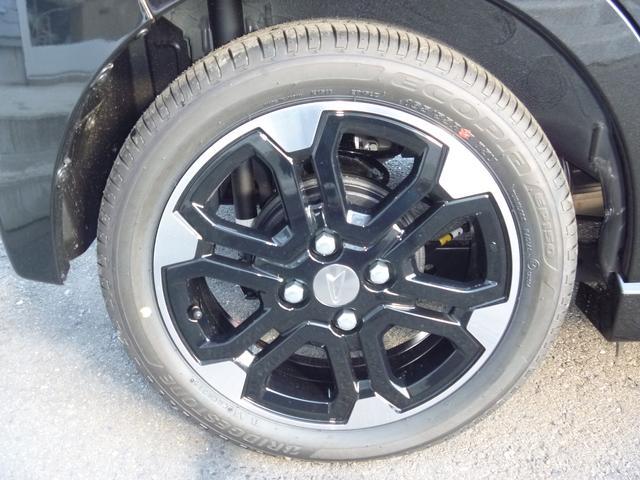 ダイハツ ムーヴ カスタム RS ハイパーSA 4WD 届出済未使用車