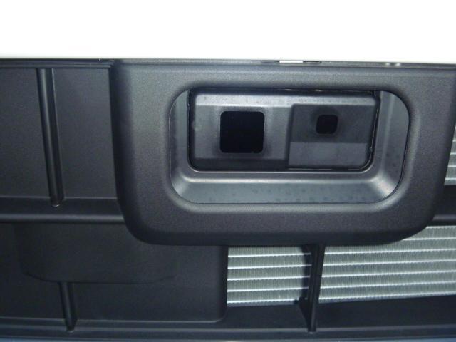 ダイハツ ウェイク X SAターボ4WD 届出済未使用車