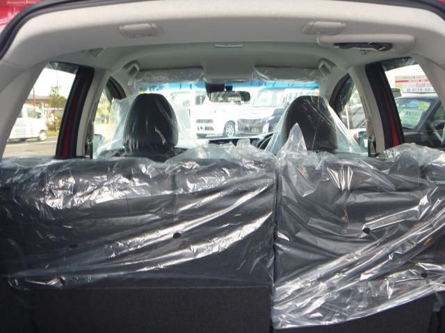 ホンダ フィットハイブリッド Lパッケージ 4WD 登録済未使用車