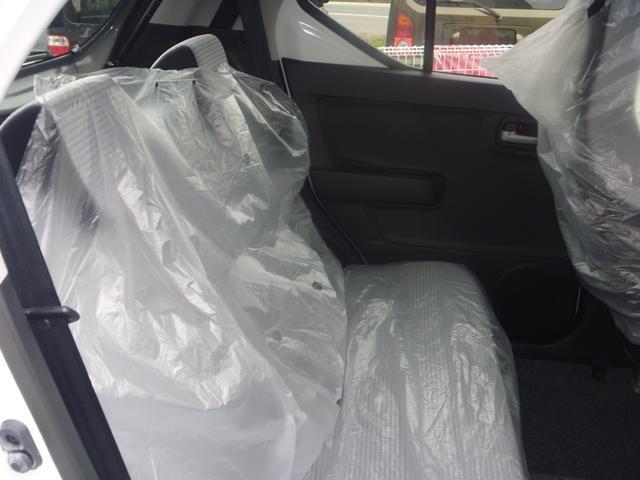 スズキ アルト X 4WD 届出済未使用車