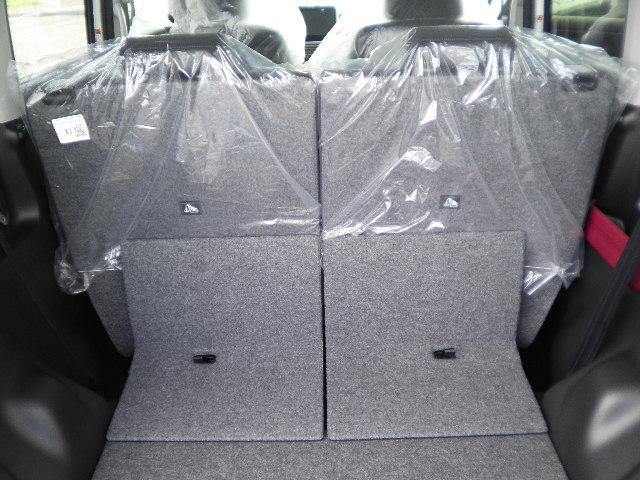 ハイブリッドX4WD電動両側スライドドア(18枚目)