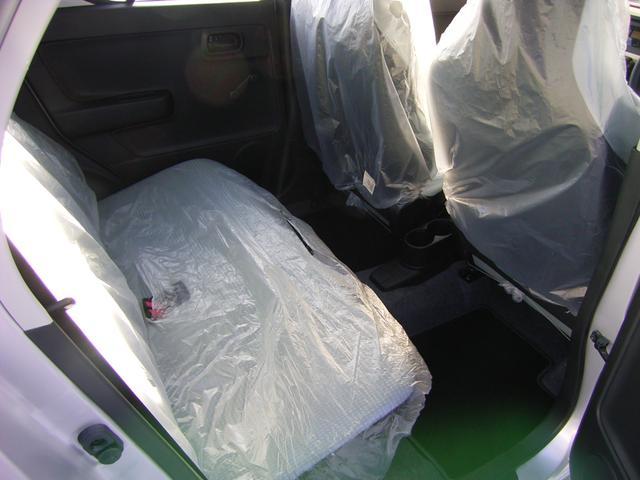 スズキ アルト F 4WD 5AGS 届出済み未使用車