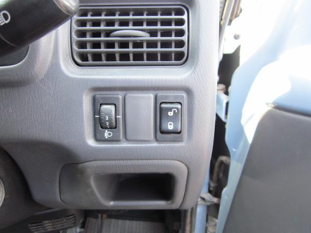 スバル サンバーバン トランスポーター 4WD オートマ キーレス