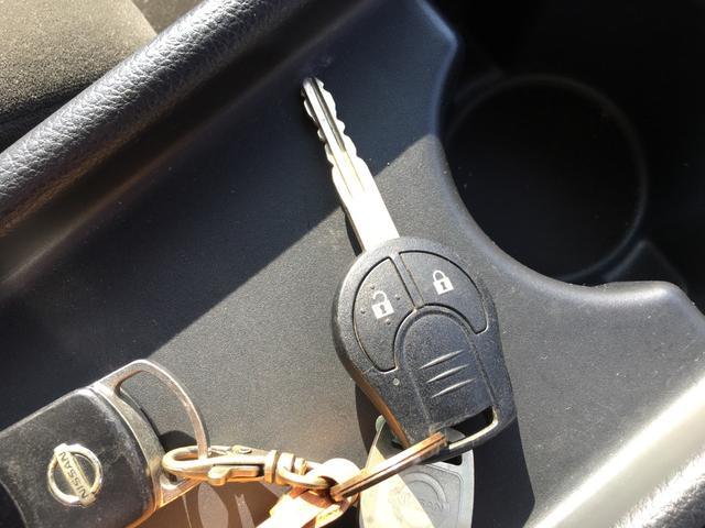 日産 セレナ 20S 4WD キーレス CD