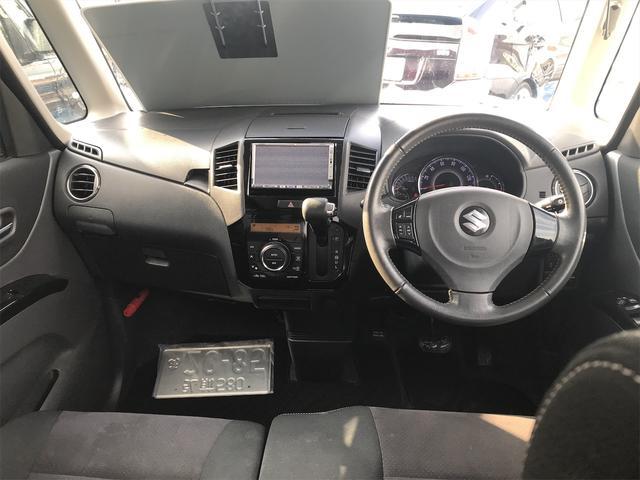 リミテッドII 4WD 社外17インチアルミ 両側パワースライドドア 社外HDDナビ オートエアコン(18枚目)