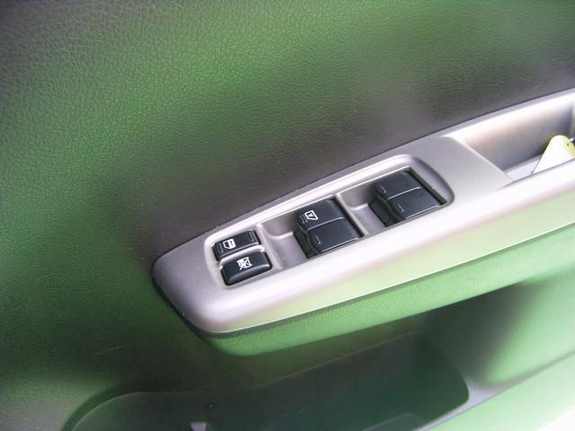 スバル インプレッサ 1.5i-L 4WD