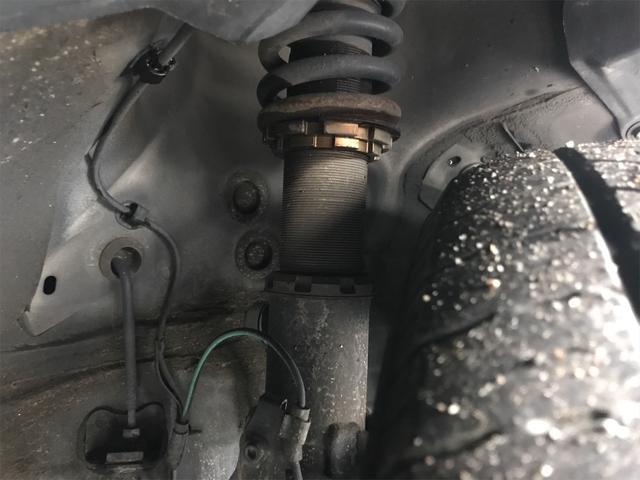 2.4Z 4WD 関東仕入れ 両側電動スライドドア リヤフリップダウンモニター 8人乗り ナビTVバックカメラ 車高調 アルミホイール付きスタッドレス 新品冬ワイパー 新品バッテリー付き 1年保証(28枚目)