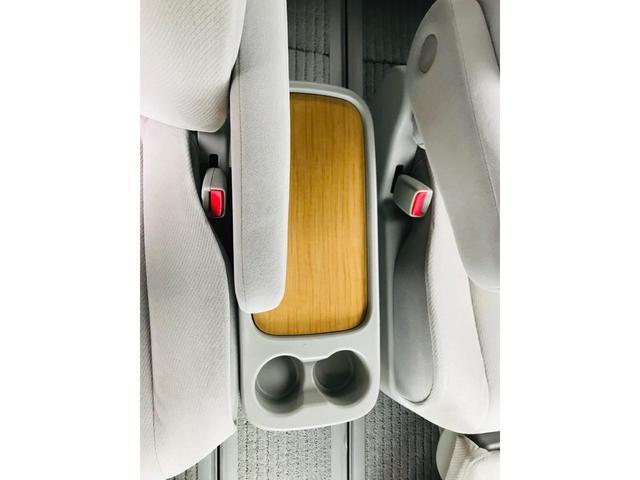 2.4アエラス Gエディション 4WD 両側電動スライドドア ナビTV バックカメラ リヤモニター 7人乗り アルミホイール付きスタッドレスタイヤ 新品冬ワイパー 新品バッテリー付き 1年保証(14枚目)