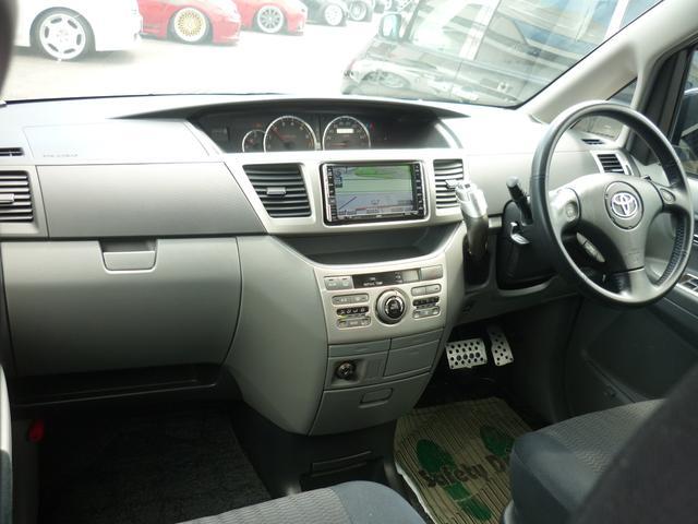 トヨタ ヴォクシー Z 社外フルエアロ シャレン19AW TEIN車高調