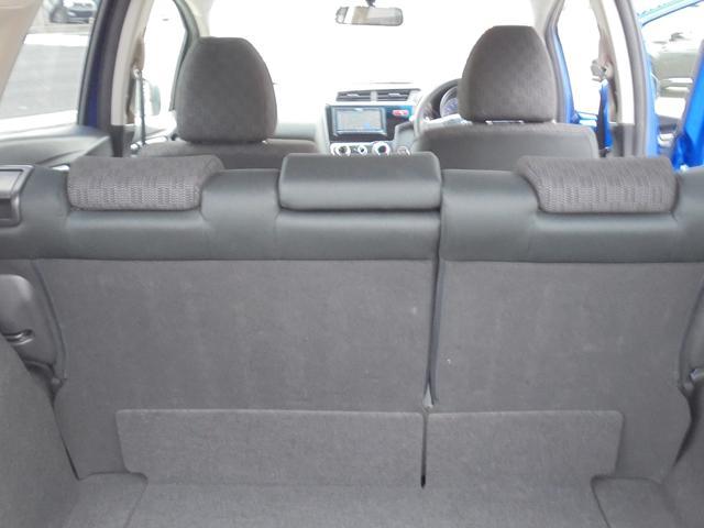 ホンダ フィット 13G・Fパッケージ 4WD 寒冷地仕様 SDナビ ETC
