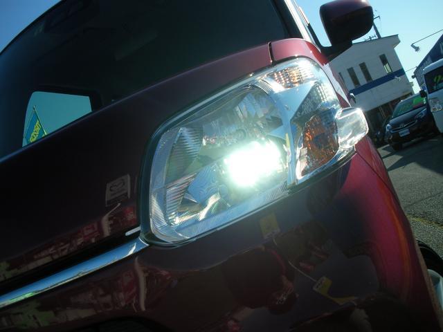 LEDヘッドライト装備で大変明るいです!
