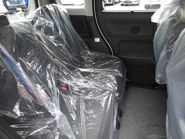 ハイブリッドXZ ターボ 4WD 届出済未使用車 両側電動(12枚目)