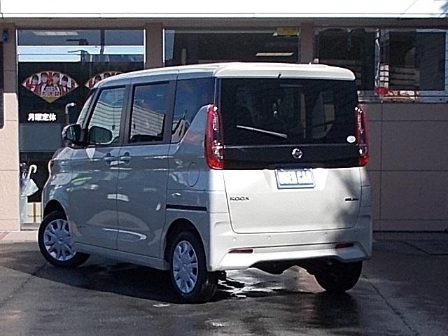 X 4WD 届出済未使用車 アラウンドビューモニター ハンズフリーオートスライドドア プッシュスタート シートヒーター(2枚目)
