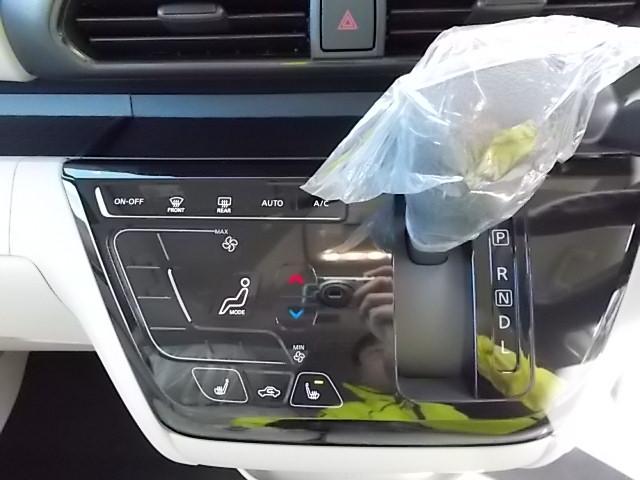 X 4WD 届出済未使用車 アラウンドビューモニター ハンズフリーオートスライドドア プッシュスタート シートヒーター(5枚目)