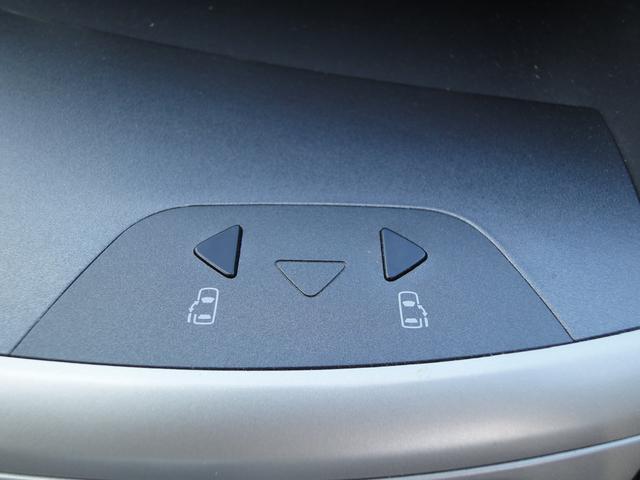 トヨタ ヴォクシー Z 煌 4WD 純正HDDナビ 両側パワースライドドア