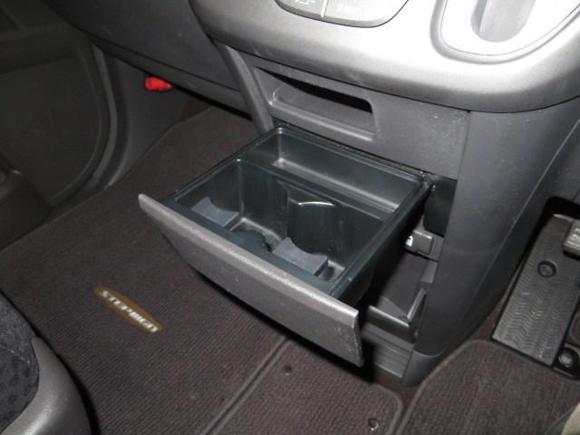 ホンダ ステップワゴン G Sパッケージ4WD HDDナビバックカメラ両側パワスラ