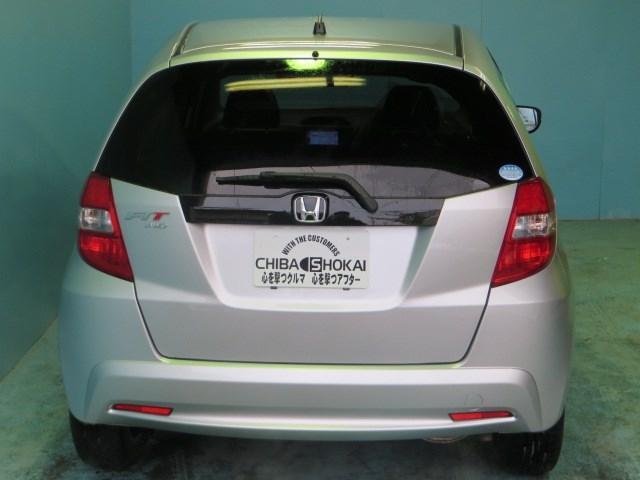 ホンダ フィット 13G ナビ ETC 4WD