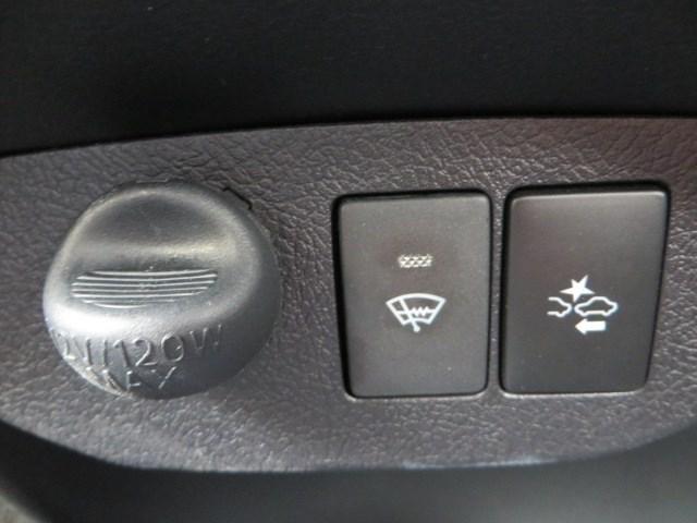 トヨタ ヴィッツ F オートライト レーンキープ ナビ バックカメラ 4WD