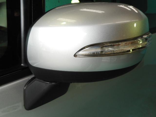 スバル ステラ カスタムR キーフリー HID アイドリングストップ 4WD