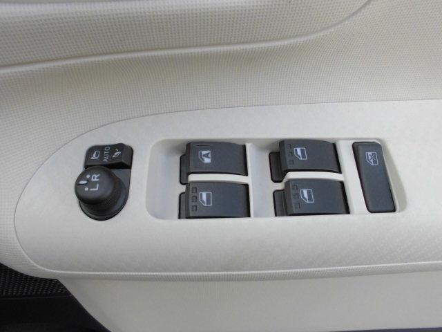 G SAII4WD 両側パワースライド フルセグ ナビ(18枚目)