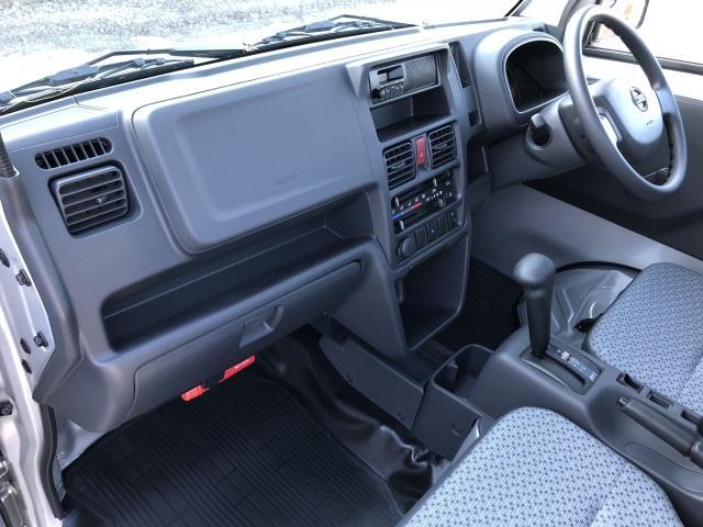 DX 4WD オートマ エアコン パワステ 登録済み未使用(11枚目)