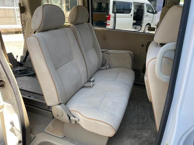 チェアキャブ 車いす輸送車 4WD キーレス CD(12枚目)