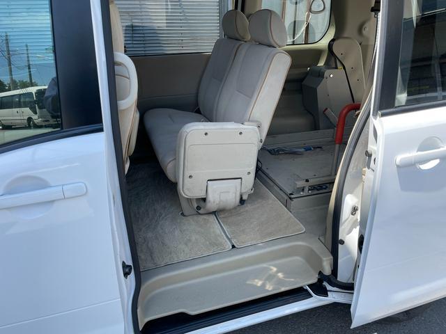 チェアキャブ 車いす輸送車 4WD キーレス CD(13枚目)