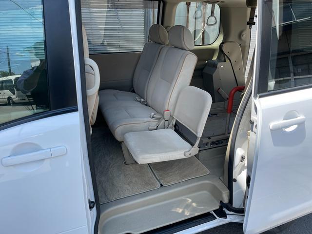 チェアキャブ 車いす輸送車 4WD キーレス CD(14枚目)