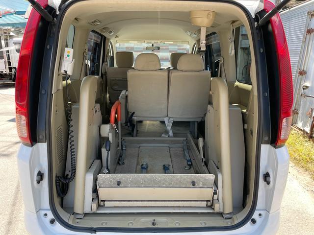 チェアキャブ 車いす輸送車 4WD キーレス CD(17枚目)