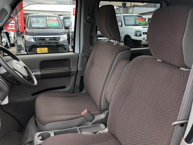 車椅子移動車 後席付 4WD(11枚目)