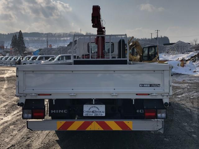 平ボディ 4段クレーン ラジコン 積載量2500kg(4枚目)