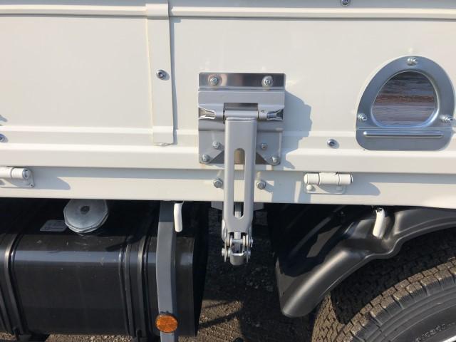 平ボディ 4段クレーン ラジコン 積載量2500kg(7枚目)