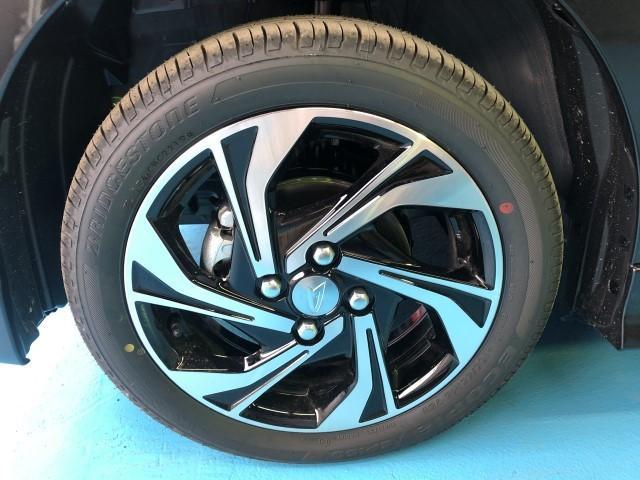 RS専用の15インチアルミホイール♪冬タイヤは14インチも装着可能です♪