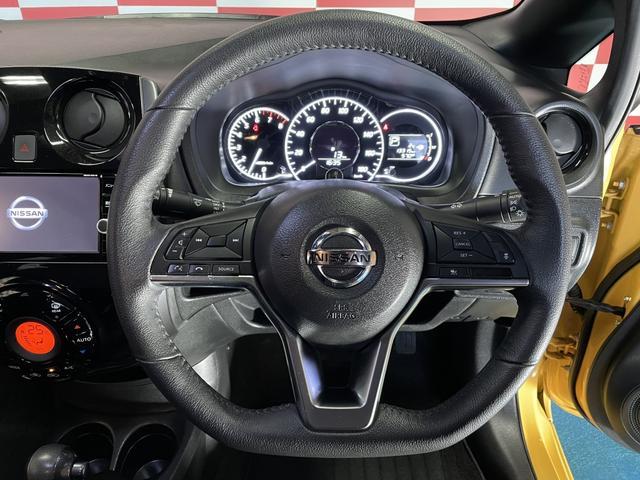 メダリスト X FOUR ブラックアロー 4WD 衝突被害軽減ブレーキ アラウンドビューモニター フルセグTV ナビ(18枚目)