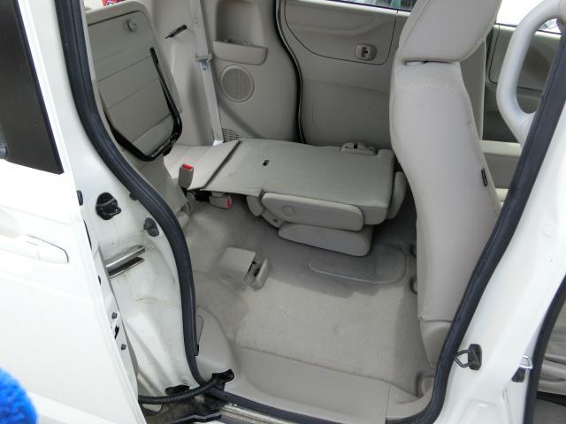 G・Lパッケージ 4WD 片側パワースライドドア 社外フルセグナビ(11枚目)