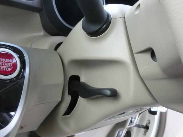G・Lパッケージ 4WD 片側パワースライドドア 社外フルセグナビ(18枚目)