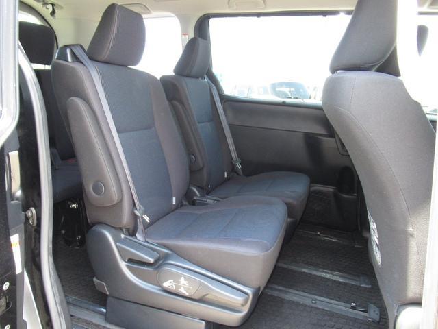 X 4WD/ワンオーナー/7人乗/アルパイン9型ナビ(フルセグTV/DVD/CD/Bluetooth)/両側パワースライド/エンジンスターター/ETC/LEDオートライト(19枚目)