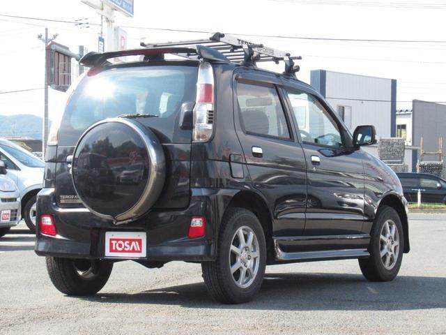 カスタム メモリアルエディション 4WD/ターボ/フルエアロ/フォグランプ/ルーフキャリア/CDデッキ/ETC/キーレス/ミラーウインカー(4枚目)