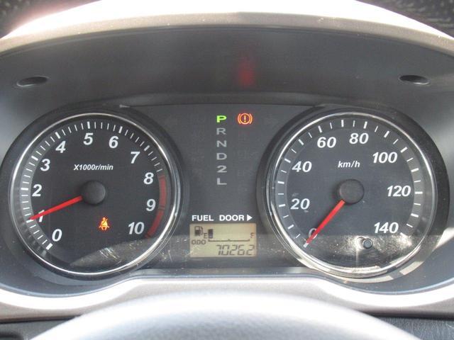 カスタム メモリアルエディション 4WD/ターボ/フルエアロ/フォグランプ/ルーフキャリア/CDデッキ/ETC/キーレス/ミラーウインカー(9枚目)