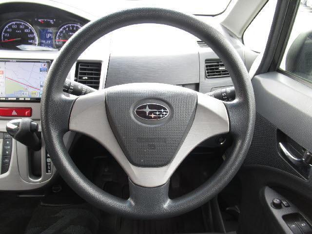 カスタムR 4WD/メモリーナビ/ワンセグTV/バックカメラ/HIDヘッドライト/スマートキー/盗難防止装置/アイドリングストップ/USBジャック/オートライト(9枚目)