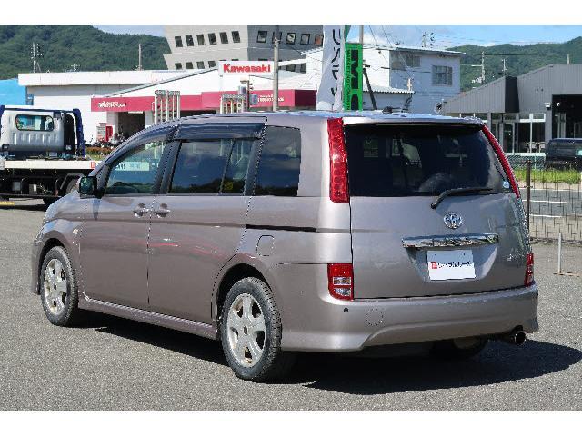 トヨタ アイシス 4WD プラタナエアロツアラー 純正HDDナビ