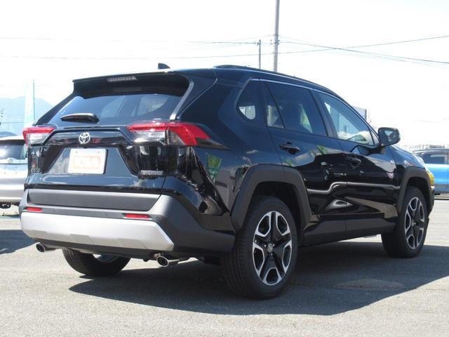アドベンチャー 4WD/登録済未使用車/寒冷地仕様/おくだけ充電/9インチディスプレイオーディオ/Bluetooth接続/バックカメラ/LEDヘッドライト/スマートキー/パワーシート/オートライト(4枚目)