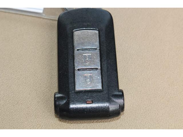 4WD GナビPKG 純正HDDナビ 左側オートSD(11枚目)
