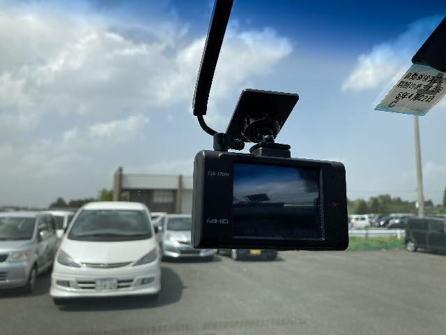ローデスト G プレミアム 4WD ロックフォードサウンド 純正メモリーナビ フルセグ CD/DVD再生 フリップダウンモニター フロント&バック&サイドカメラ クルコン 両側パワスラ パワーバックドア ETC パドルシフト(15枚目)